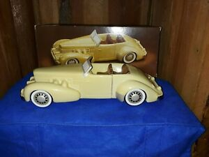 1937-CORD-convertible-model-car-collectible-AVON