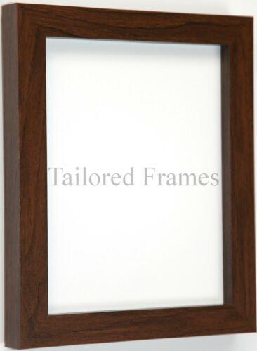 Noyer photo cadres photo design carré à rester debout ou suspendre toutes tailles disponibles.