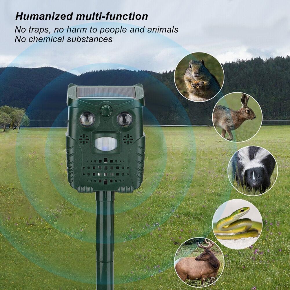 Plastic Ultrasonic Sound White Light Flashing Solar Animal Repeller for Garden