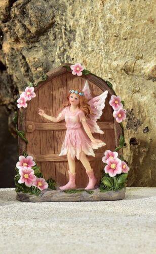 Painted Fairy Door w Fairy GI 700617 Miniature Fairy Garden