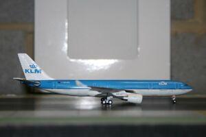 Aeroclassics-1-400-KLM-Airbus-A330-200-PH-AOL-ACPHAOL-Die-Cast-Model-Plane