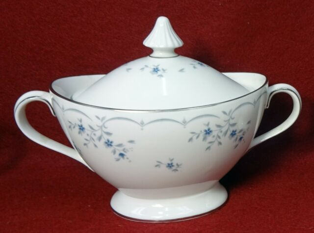 Royal Doulton China Cotillion H4962 Sugar Bowl Lid
