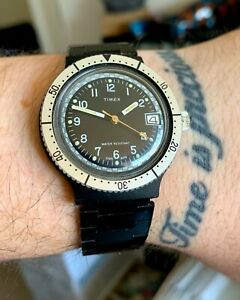 Vintage-TIMEX-Skin-Diver-Date-Mechanical-38mm-PVD-Watch-Original-Strap