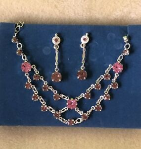 AVON-Necklace-Earrings-Set-Sparkling-Silver-Chain-Light-amp-Dark-Pink-Crystals-NEW