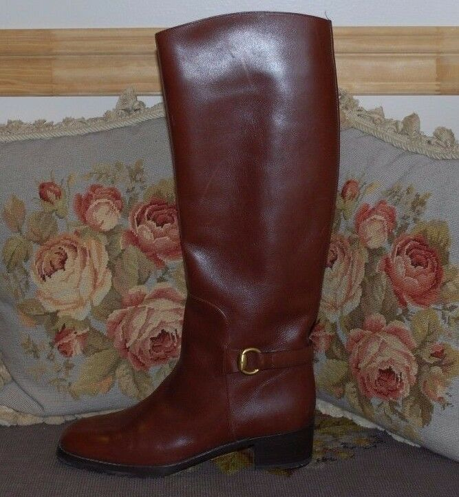 Beautiful Designer GUCCI Ladies Leather Boots  Size 7