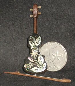Dollhouse Miniature Mexican Wooden Banjo 1:12 Music Musical Instrument #WI-1702