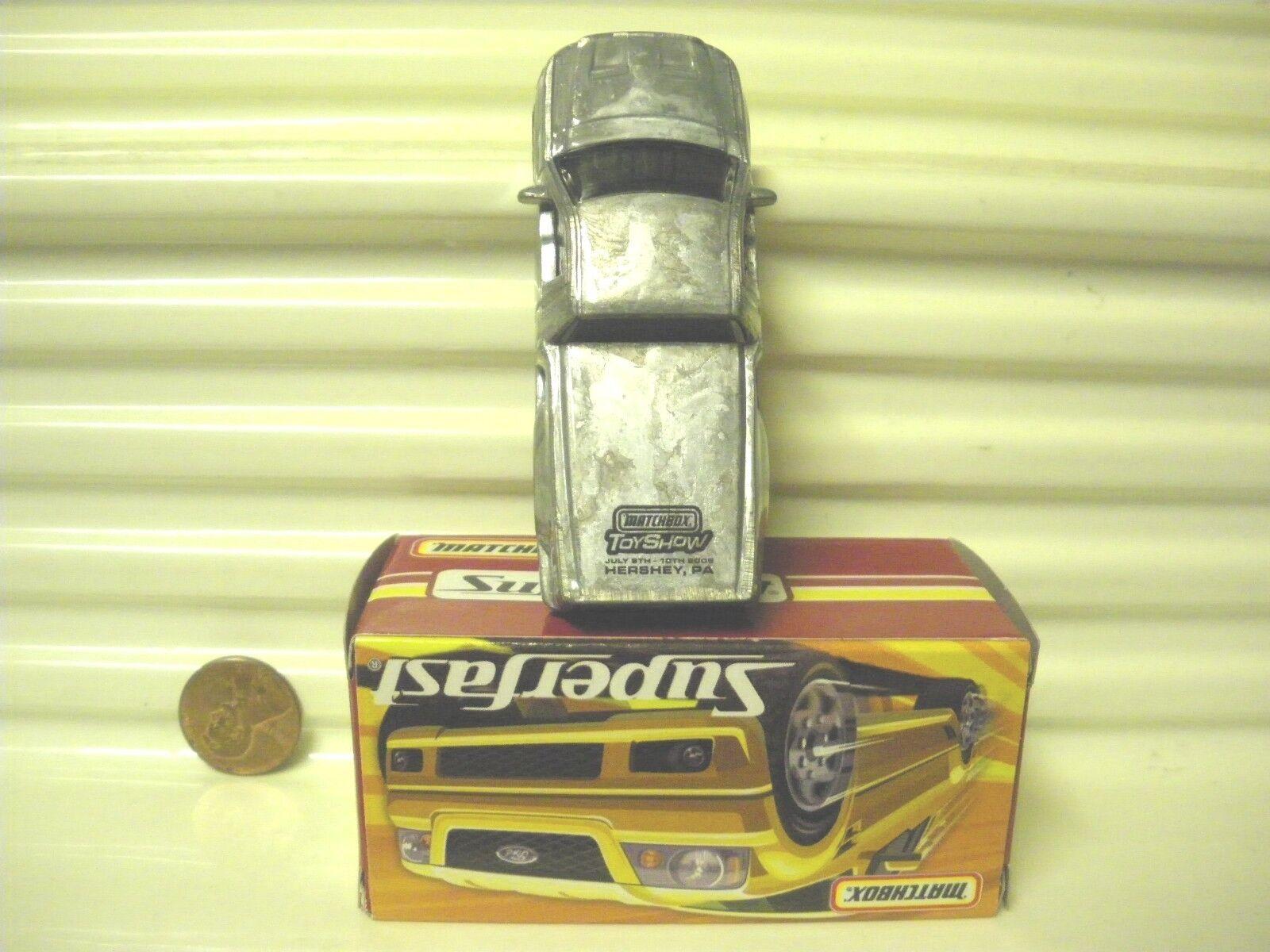 sconto prezzo basso MATCHscatola 2005 HERSHEY giocattolo mostrare DEALER  2 FORD FORD FORD SVT LIGHTNING CONCEPT 300fatto NuBx  Sconto del 70%