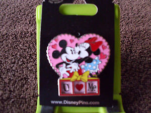 disney i love u u love me mickey minnie valentines day pin