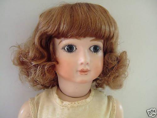 PERRUQUE T11(34cm) 100% cheveux naturels de POUPÉE ANCIENNE -DOLL WIG - Bouclée