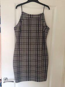 Ladies-AX-Paris-Dress-Size-14