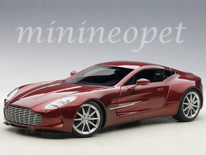 AUTOart-70245-ASTON-MARTIN-ONE-77-1-18-DIECAST-MODEL-CAR-DIAVOLO-RED