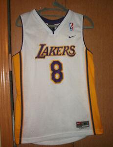 Nike Los Angeles Lakers Kobe Bryant #8 Swingman Jersey Size M~KIDS ...