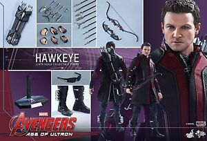 HOT-TOYS-Avengers-2-Age-of-Ultron-Hawkeye