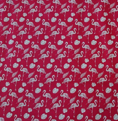 Pretty Flamingo Cerise 100/% Cotton Poplin novelty bunting quilting Craft Fabric