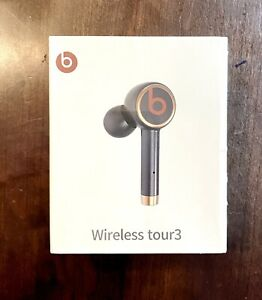 Beats By Dr Dre Bluetooth Wireless Tour 3 Earbuds Headphones Sealed Black Ebay