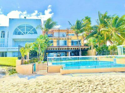Exclusiva propiedad en renta vacacional en Cancún frente al mar.