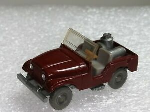 Wiking-12-2a-CS-453-2a-jeep-con-lecheras-color-marron-rojizo-t-p