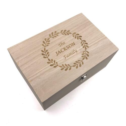 Personalised Large Wreath Design Wooden Keepsake Box HB-47