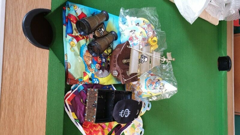 CHILDREN'S PARTY THEME BITS AND PIECES