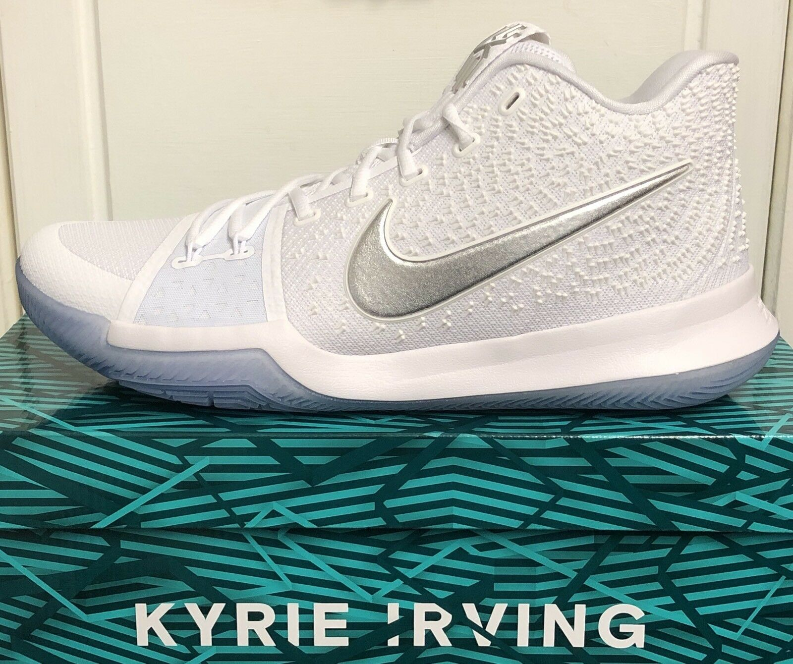 NIKE KYRIE 3 MENS TRAINERS SNEAKERS SHOES
