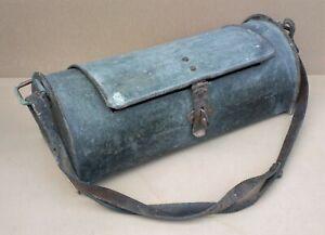 Ancienne CAISSE A OUTILS de PLOMBIER bombée métal déco industrielle atelier