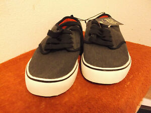 """brand new men's """"faded glory"""" pair of charcoal canvas"""