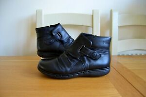 CLARK-S-034-UN-ARLYN-034-BLACK-LEATHER-UNSTRUCTURED-ANKLE-BOOTS-UK-6-WIDE-RRP-85-00