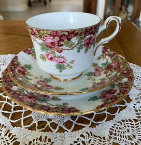 VTG-ROYAL-STAFFORD-tea-cup-and-saucer-trio-red-rose-teacup-Olde-English-Garden