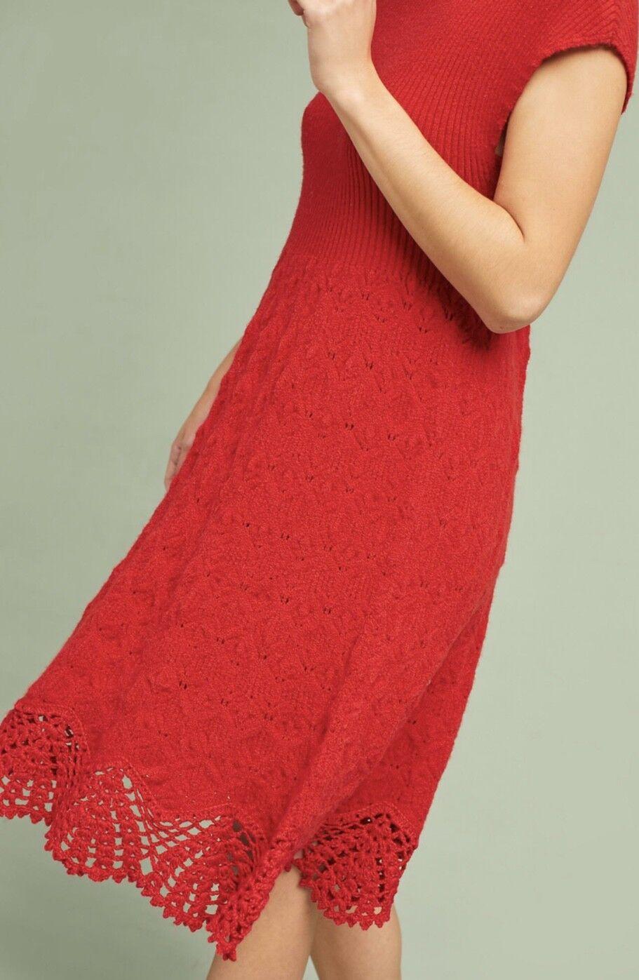 NWT Anthropologie Anthropologie Anthropologie red Soft Stretch Crochet Hem Sweater Midi Dress M 5a1ed2