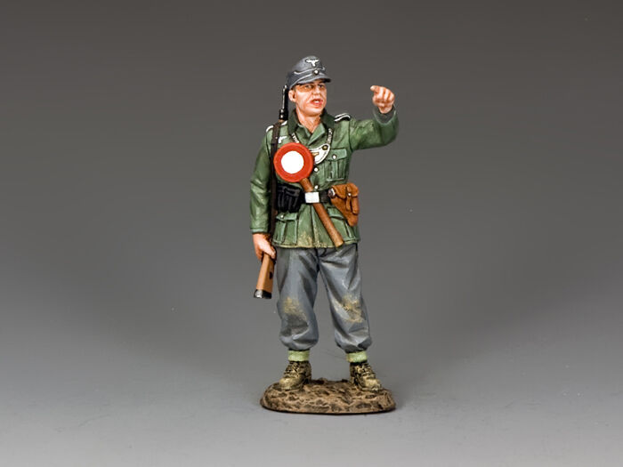 WH059 German Military Policeman by King & Country