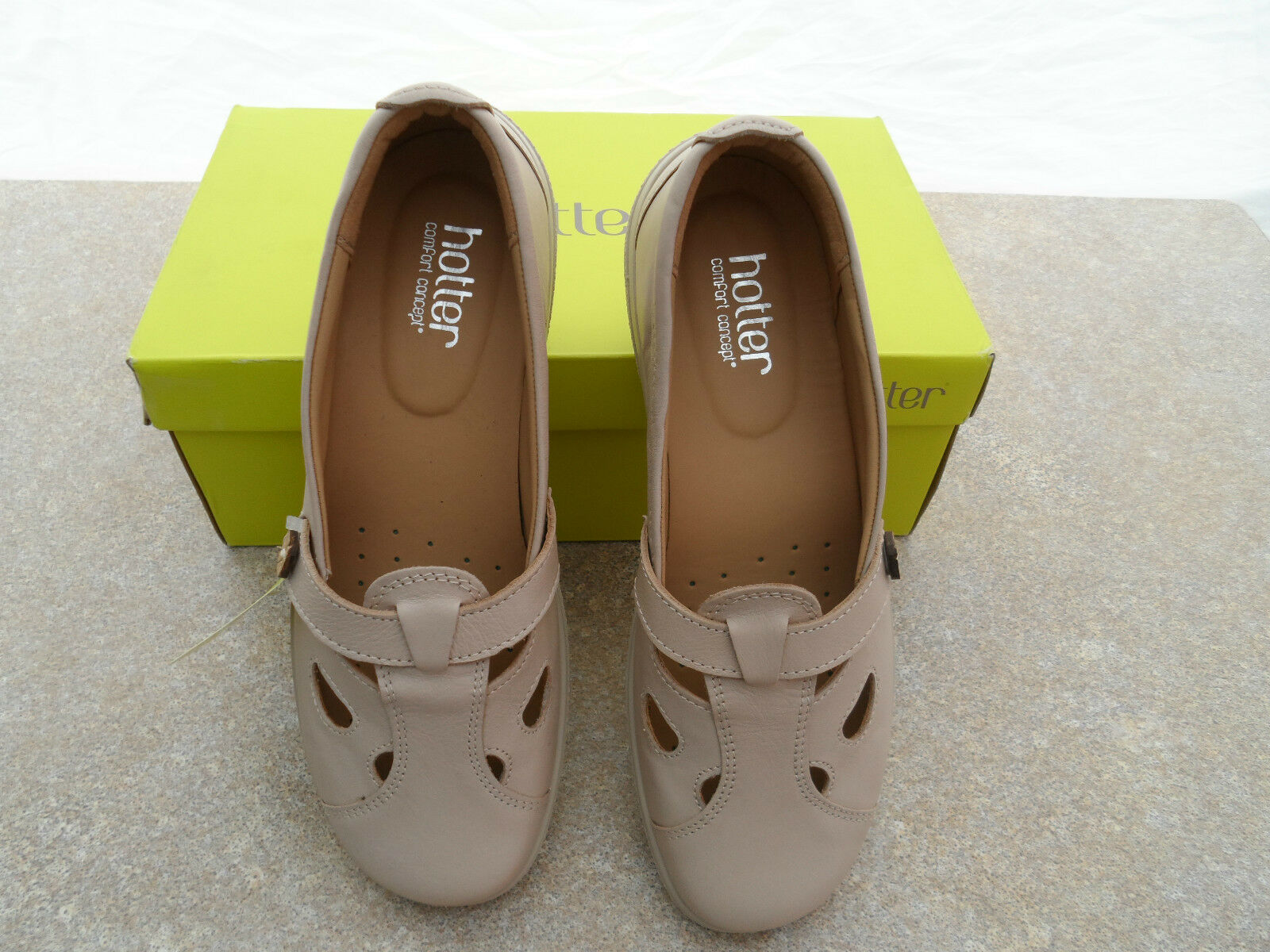 HOTTER SOFT BEIGE FLAT SLIP ON LEATHER NIRVANNA FLAT BEIGE SHOES SIZE 5.5 NEW IN BOX b6ccf2