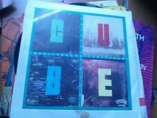 """7"""" CUBE TWO HEADS ARE BETTER THAN ONE SOME BODY TOLD ME SLEEVE VG+ VINYL EX+"""