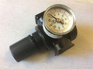 C.A Norgren Co. & Husky Regulator HDA70703AV Pressure Gauge - 0-160 psi 341-04