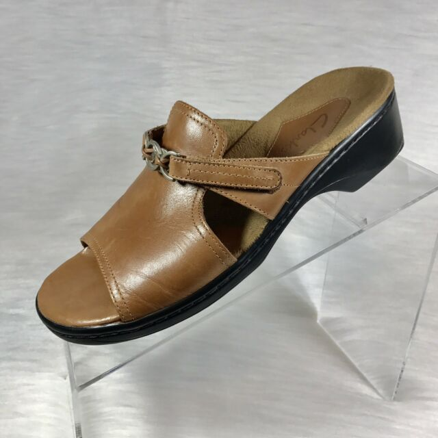 Clarks Womens Sandals Slides Brown Leather Size 7 M