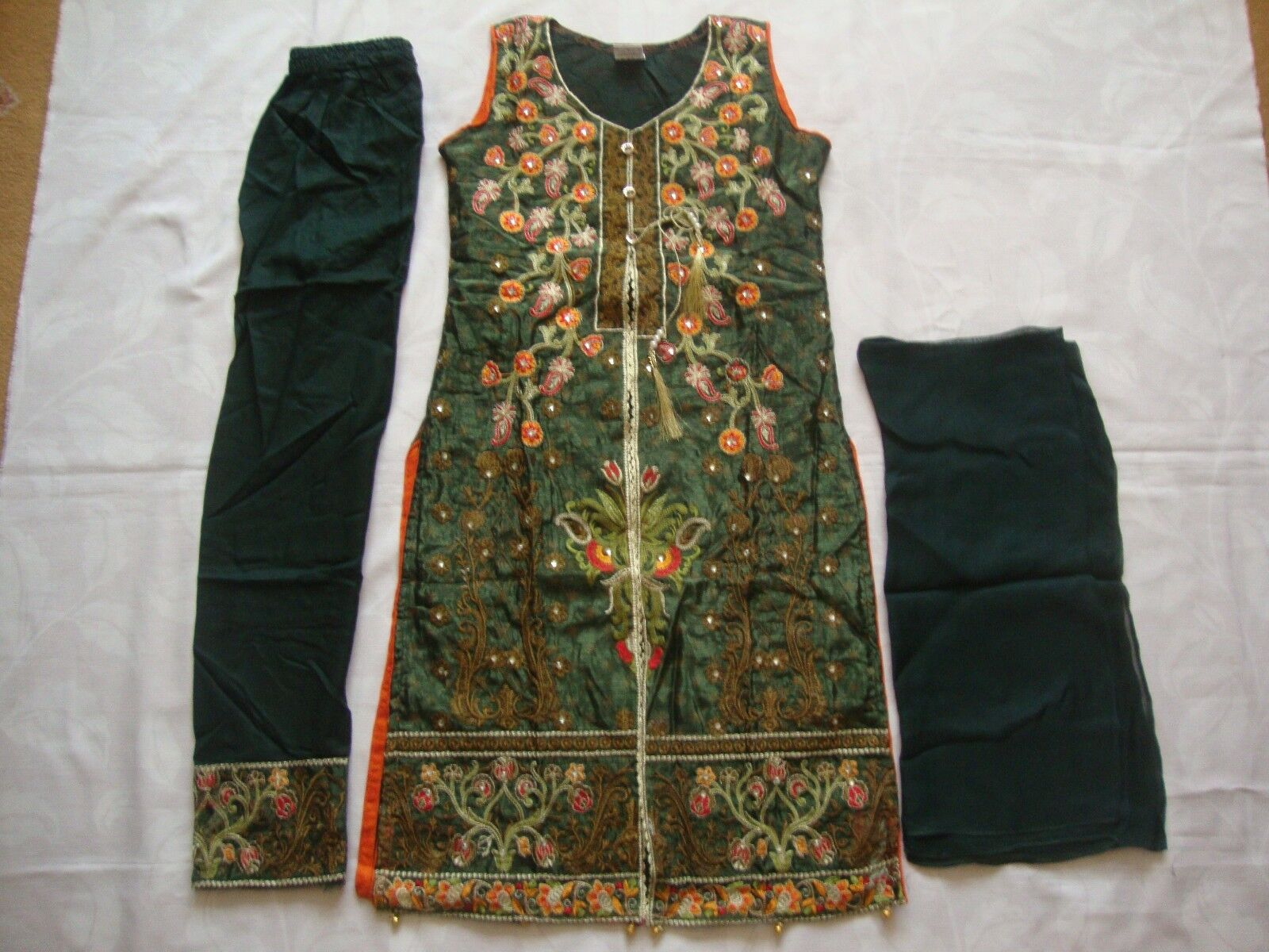 Pakistani Indian Lawn Cotton Suit Embroidered Asian Ready Made to clear