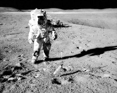 NASA APOLLO 16 CREW MATTINGLY YOUNG /& DUKE 8x10 SILVER HALIDE PHOTO PRINT