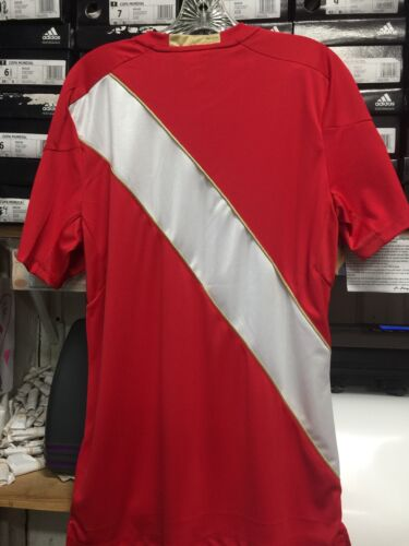 Umbro Peru Away Jersey Red Russia 2018 Size Medium Only