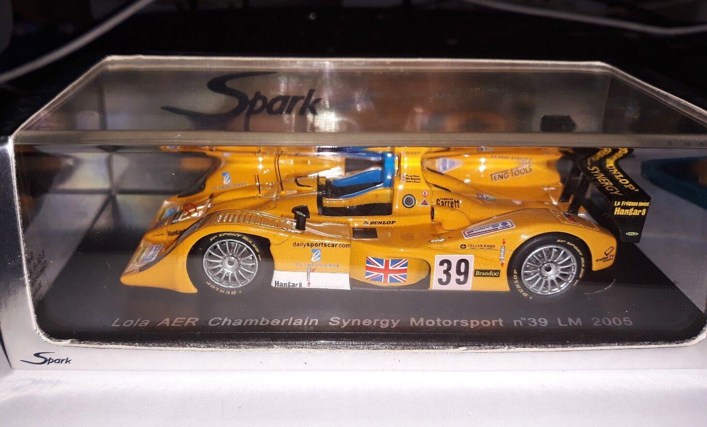 Spark 1 43 Lola AER Chamberlain Synergy Motorsport  39 Le Mans 2005 S0034