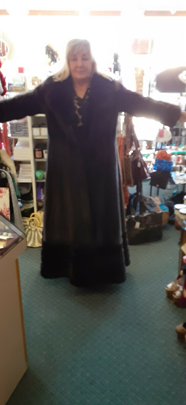 VINTAGE DELUXE FULL LENGHT MAHAGONY BROWN MINK W/… - image 2
