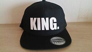 fce2d00506f3c La imagen se está cargando KING-QUEEN-Snapback-Moda-Impreso-Gorra-Hip-Hop-