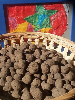 WunderschöNen 220 Bio Seedballs Seedbombs Blumenseedballs (insekten,wildbienen,bienen) Taille Und Sehnen StäRken
