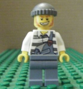 Lego Minifigure City Police Jail Prisoner Black Cap Torn Out Sleeves Jail005