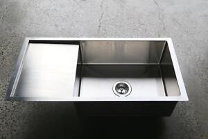 890-440-220mm-Stainless-steel-kitchen-sink-TOP-UNDER-mount-round-plug