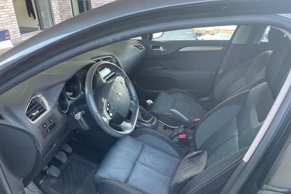 Citroën C4 1,6 HDi 90 Attraction Diesel modelår 2014 km