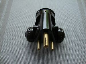 Bakelite-15-Amp-Round-Pin-Adaptor-with-Plugs