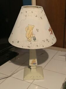 VINTAGE CLASSIC WINNIE THE POOH & PIGLET MINI NURSERY LAMP WITH SHADE VG TESTED