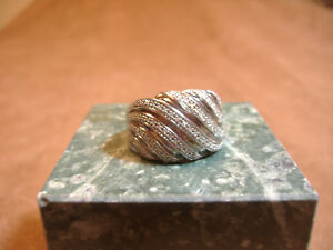 STERLING-SILVER-SWIRLED-TOP-DOME-RING-SET-WITH-ROWS-OF-DIAMONDS