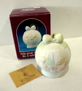 Precious-Moments-May-Your-Christmas-Be-A-Happy-Home-1990-Ornament-Vintage