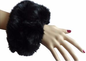 Paire-de-Manchettes-Bracelets-en-fausse-fourrure-noires-tres-sexy-et-original