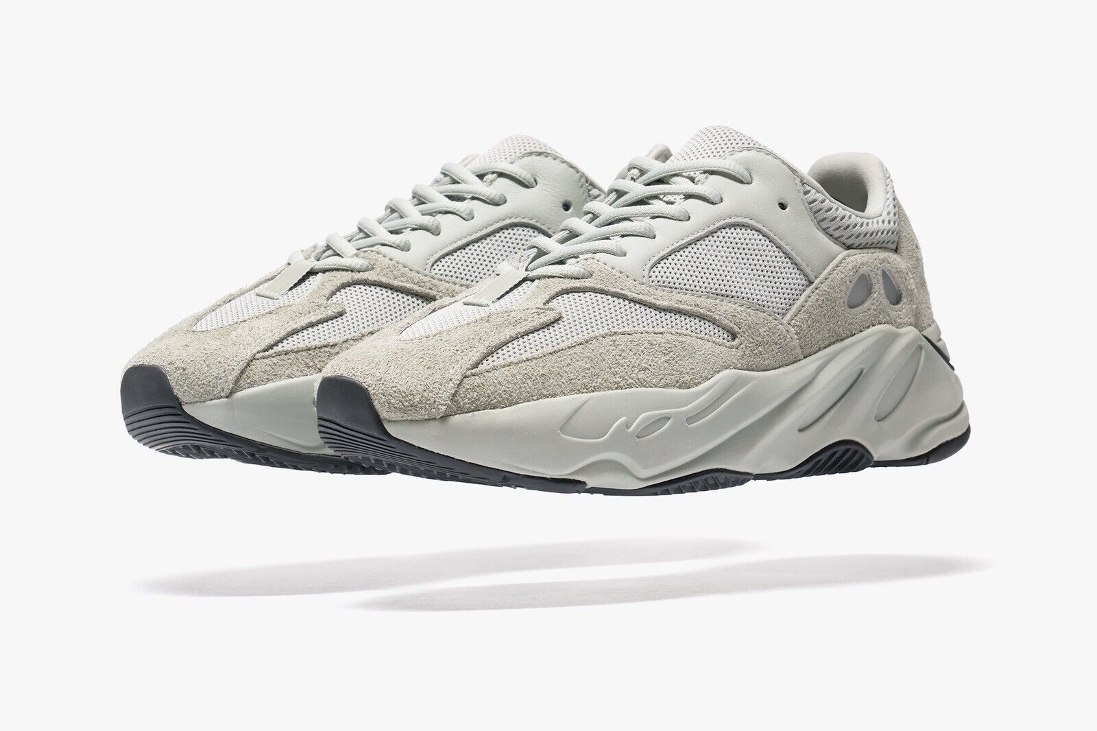 Adidas Yeezy 700 Salt Sz 9.5 EG7487 3m 350 500 reflective static wave runner og